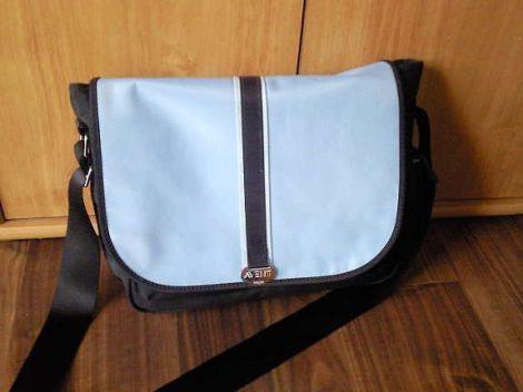 Avent pelenkázótáska Compact Bag fekete-kék