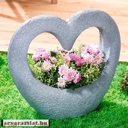 Nagy méretű kerti kőszív  ültetőtál cserép